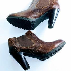 """Leather Ankle booties size 8 brown 4"""" hell cone"""